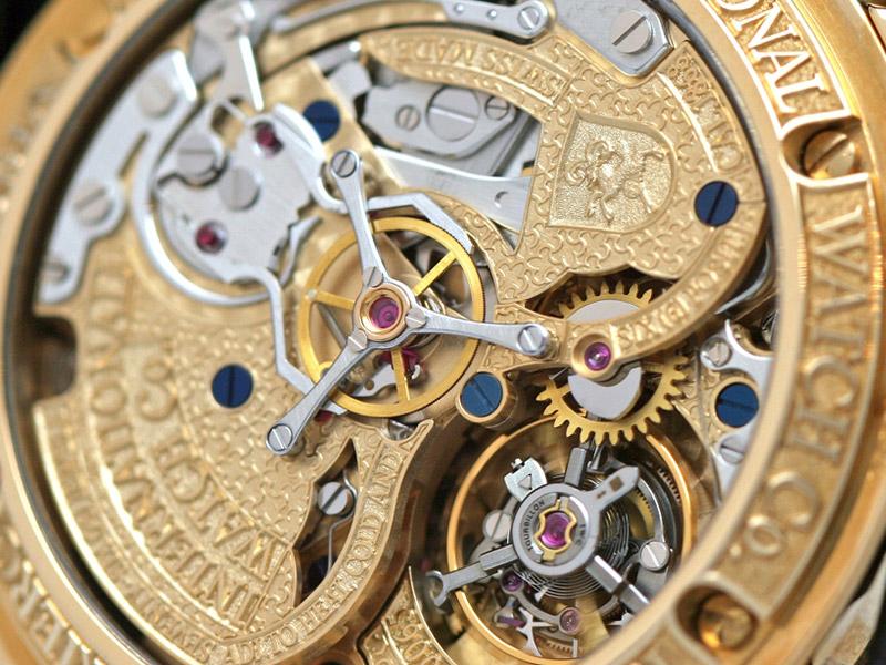 IWC Il Destriero Scafusia mit verziertem, goldenen Uhrwerk