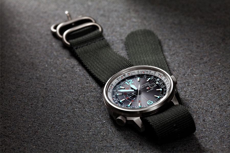 Citizen Promaster Nighthawk Armbanduhr