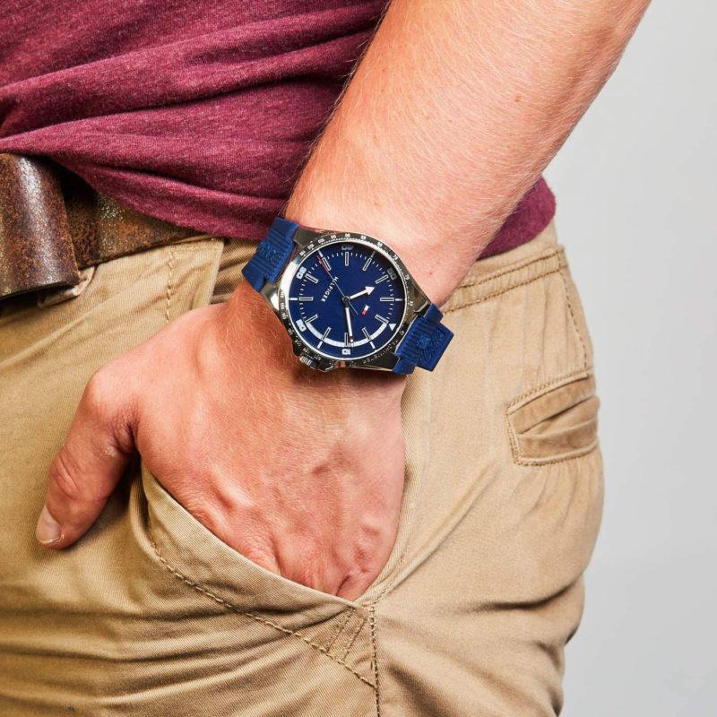 Tommy Hilfiger Uhr 1791542 am Handgelenk